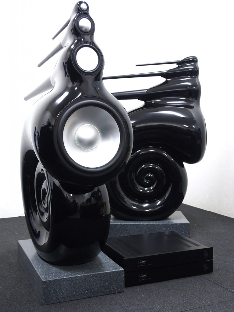 B&W ビーアンドダブリュー Original Nautilus スピーカー ペア  オリジナルノーチラス 奈良県大和郡山市にて買取させていただきました!!