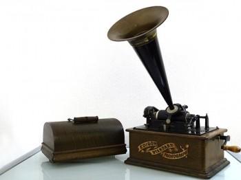 エジソン蓄音機 EDISON STANDARD 買取致しました